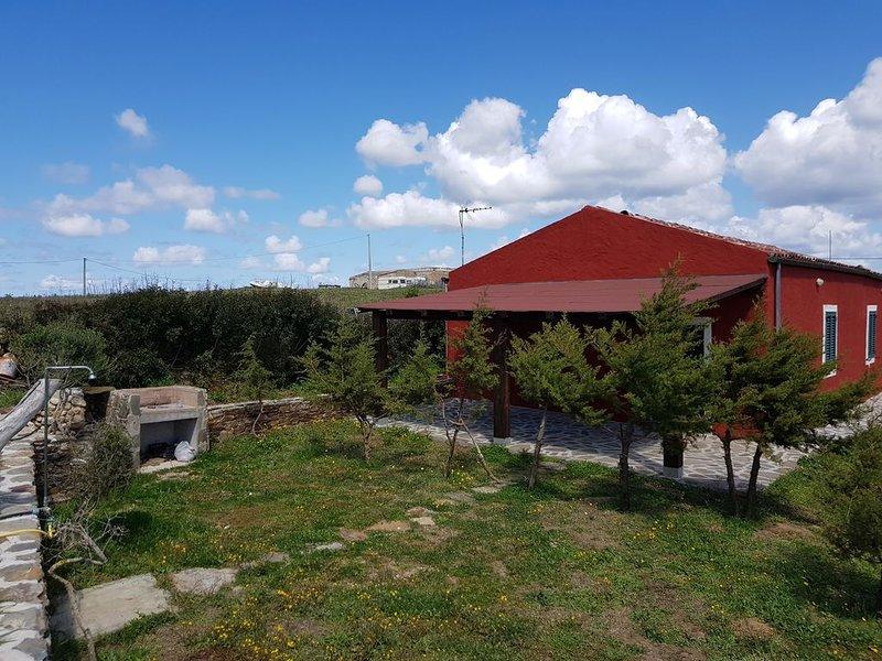 Vecchio ovile ristrutturato nella campagna stintinese, vacation rental in Stintino