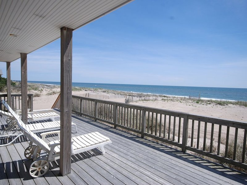 Oceanfront Home in Ocean Bay Park, holiday rental in Ocean Bay Park