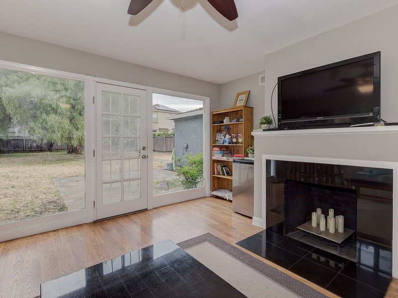 Cozy 2BD House, Minutes To Techs & Stanford Univ!