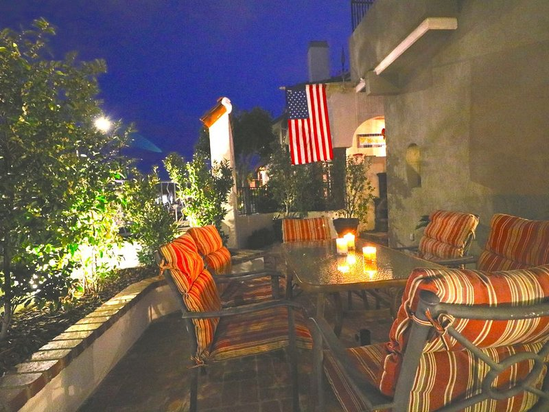 FANTASTIC LOCATION -  Four bedroom house in the heart of Belmont Shore, holiday rental in Belmont Shore