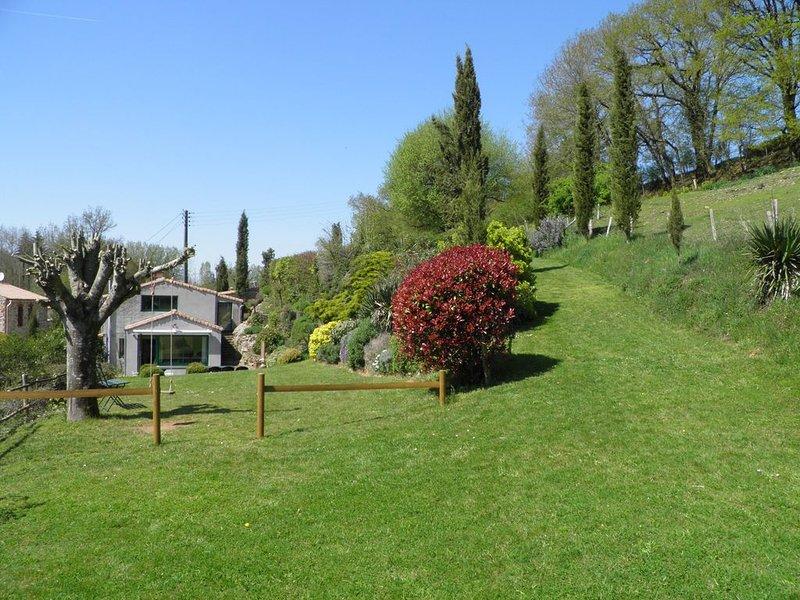 Gîtes 'L'Air Campagnard' proche du 'Puy Du Fou', holiday rental in La Flocelliere