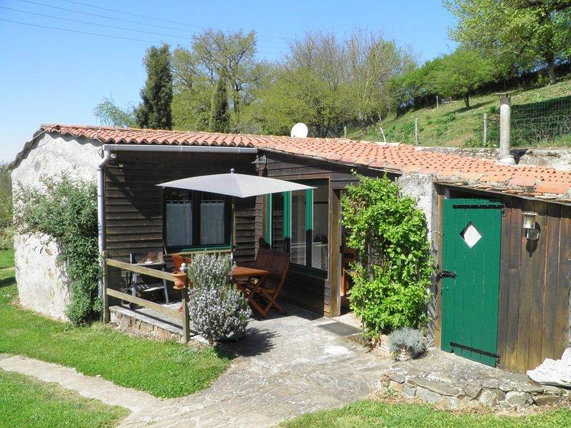 Gîte 'Le Petit Ecolo' proche du 'Puy Du Fou', holiday rental in La Flocelliere