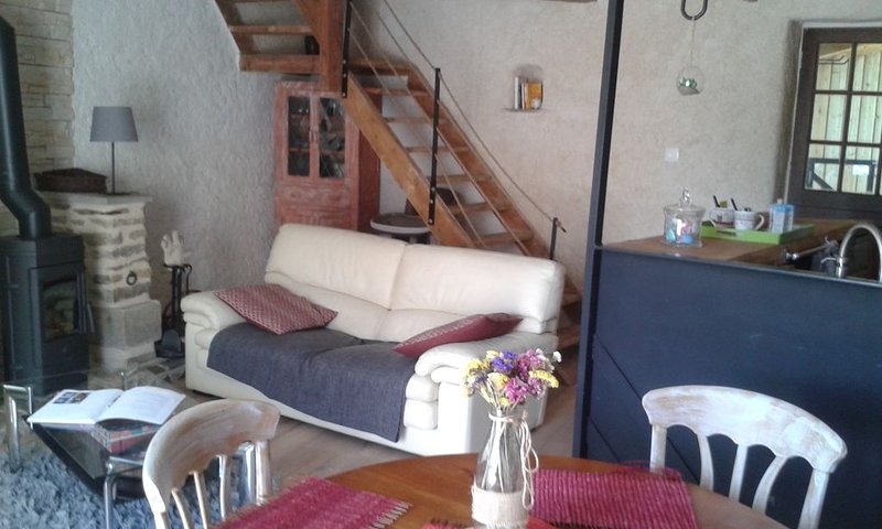 Location maison de campagne., vacation rental in Saint-Servant