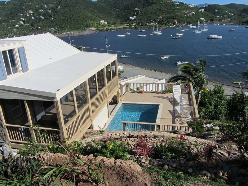 Great Coral Bay Location. Mint condition property., holiday rental in Coral Bay