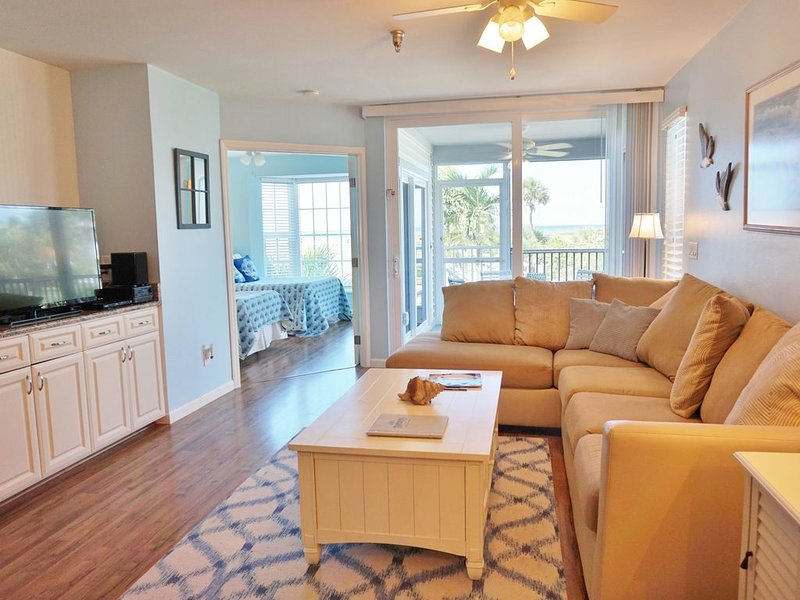 Seaside decor,a super view in this first floor two bedroom on the Gulf B3213A, vacation rental in Englewood