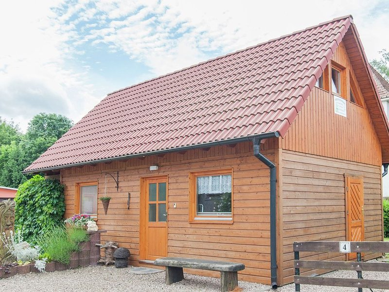 Cosy wooden cottage in Ilmkreis, right in the middle of the Thuringian Forest, holiday rental in Ilmenau