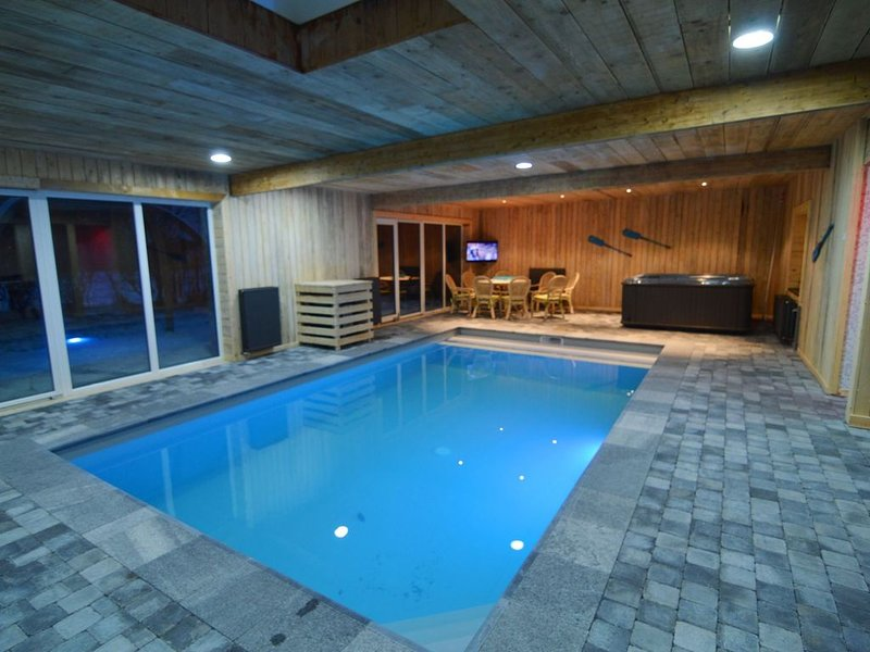 Modern Holiday Home in Sourbrodt with Private Pool, holiday rental in Sourbrodt