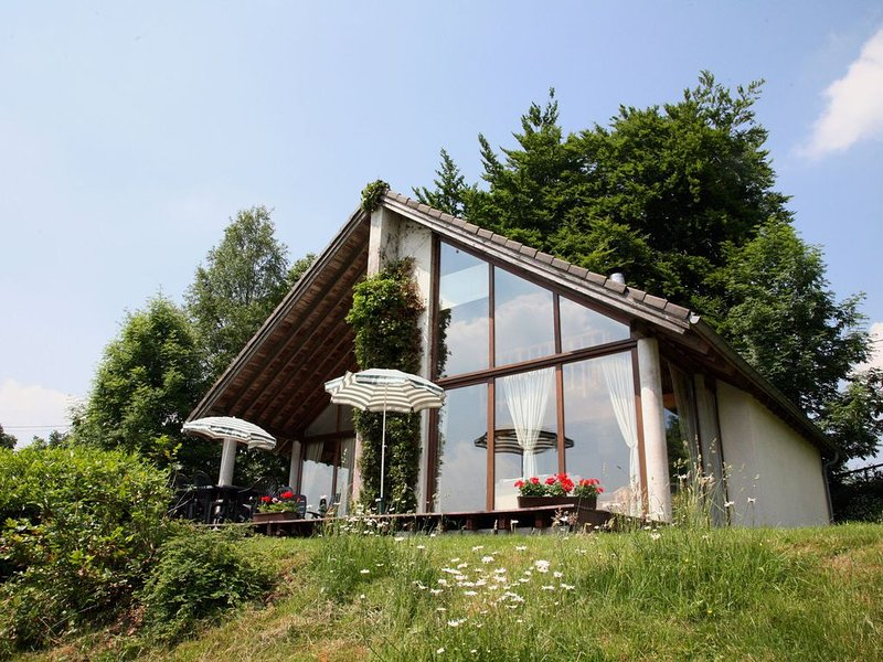 this cottage is a superb chalet, holiday rental in Hockai