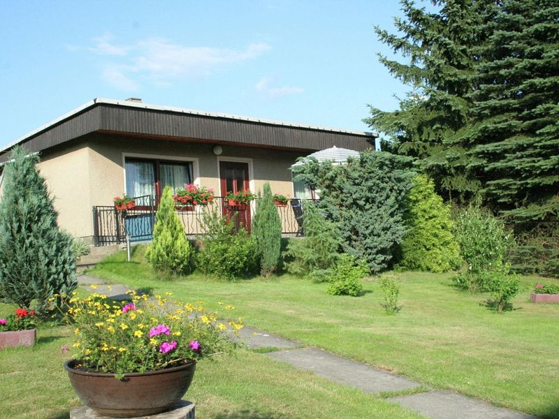 Small holiday home with large garden near the Czech border, holiday rental in Bad Schandau
