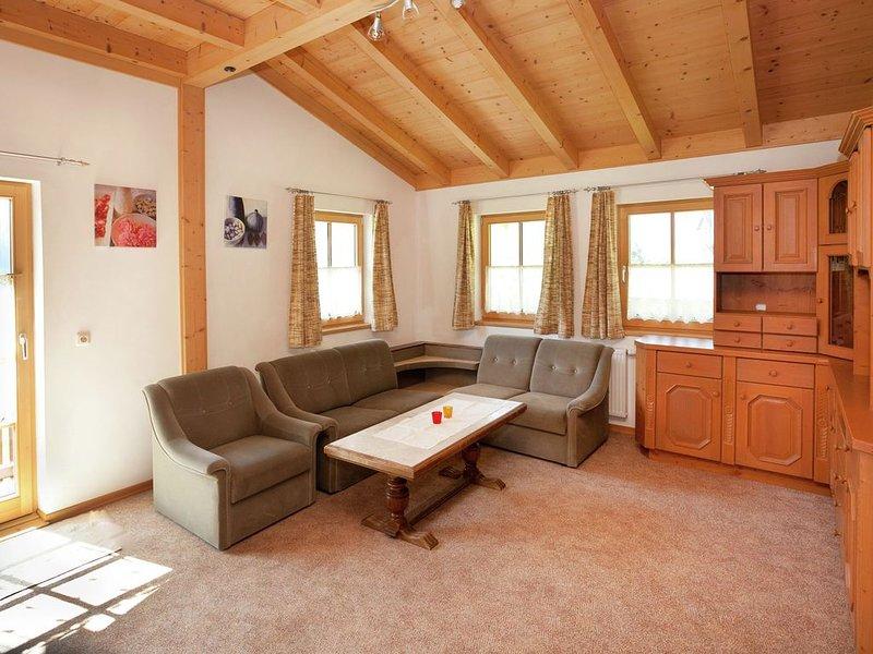 Cozy Apartment in Bramberg am Wildkogel near Ski Area, holiday rental in Schonbach