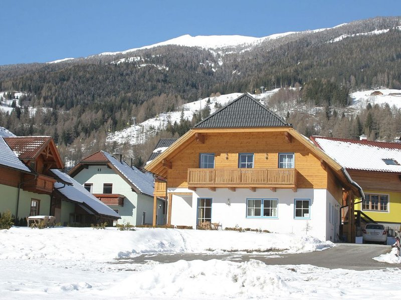 Huge Apartment in Sankt Margarethen im Lungau near Ski Lift – semesterbostad i St. Margarethen