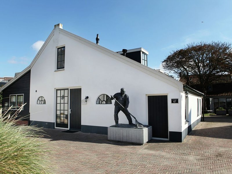 Farmhouse, on 150 meters of the beaches., casa vacanza a Noordwijk