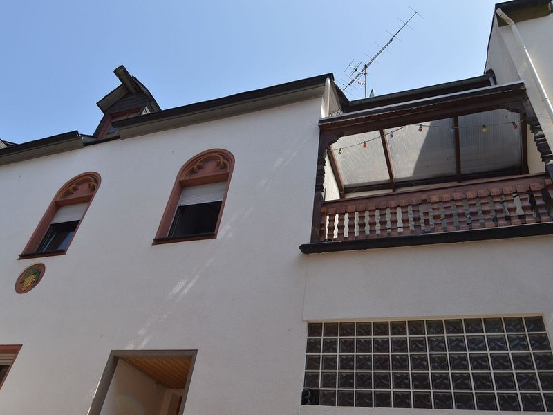 Combination of two apartments, suitable for larger groups, by the Moselle, vacation rental in Sohren