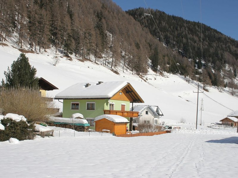 Newly furnished appartment at the mouth of the Poller Valley National Park., holiday rental in Katschberghohe
