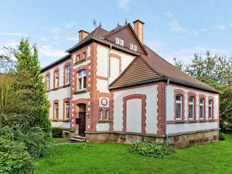 Former village school and vicarage - stylish group house near the Sauerland, holiday rental in Bad Arolsen