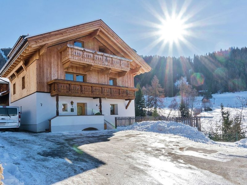 Cozy house with 3 apartments not far from the ski area Fiss, Serfaus, Ladis., alquiler de vacaciones en Fendels