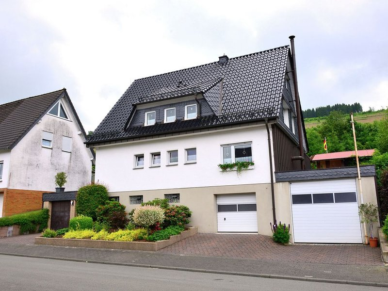 A completely new and comfortably furnished holiday home in a perfect location i, holiday rental in Ruthen