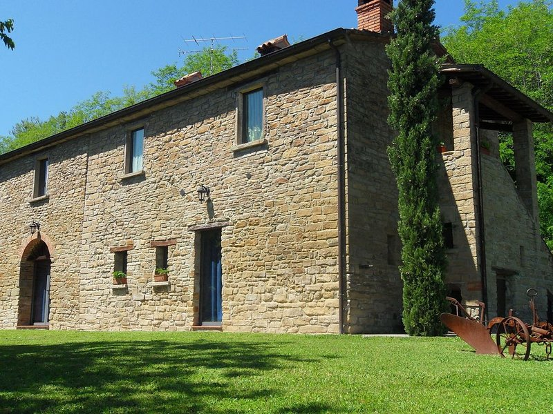 Luxury Holiday Home in Modigliana Italy with Garden, casa vacanza a Dovadola