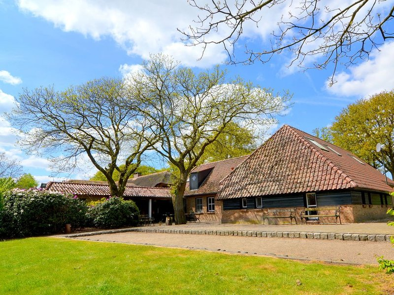 New country house full of atmosphere., vacation rental in Nederweert