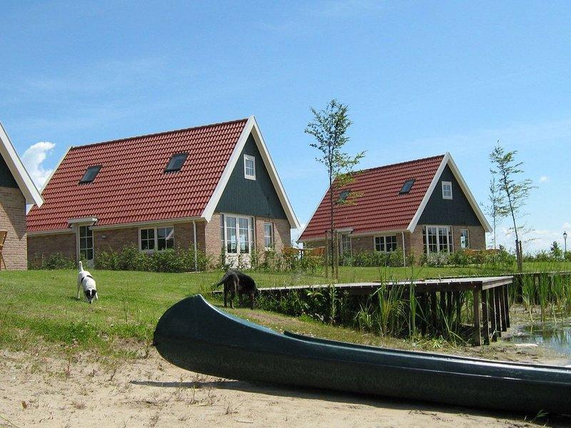 Leuk 8-pers. huis op een kleinschalig park met diverse faciliteiten, location de vacances à Province de Flevoland