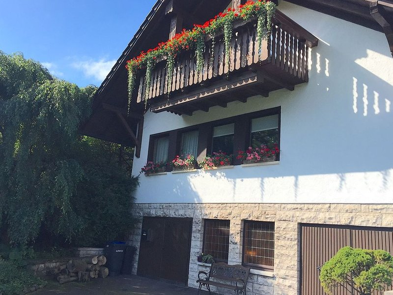 Spacious house with lovely view at the valley, holiday rental in Meiningen