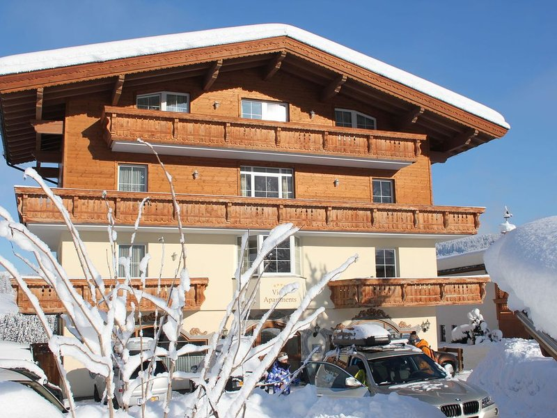 Luxurious apartments with two bathrooms and their own private sauna., location de vacances à Wildschonau
