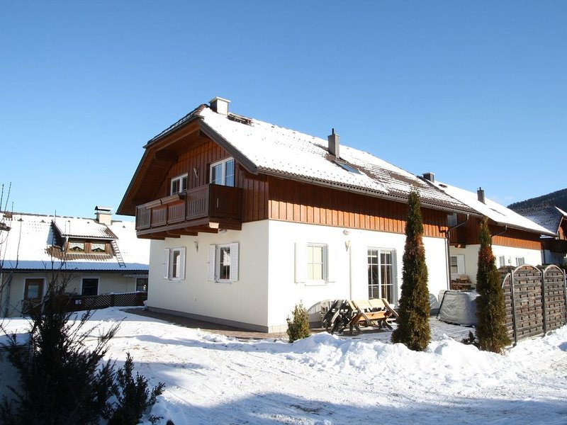 Beautiful chalet with sauna and jacuzzi in the beautiful Lungau valley – semesterbostad i St. Margarethen