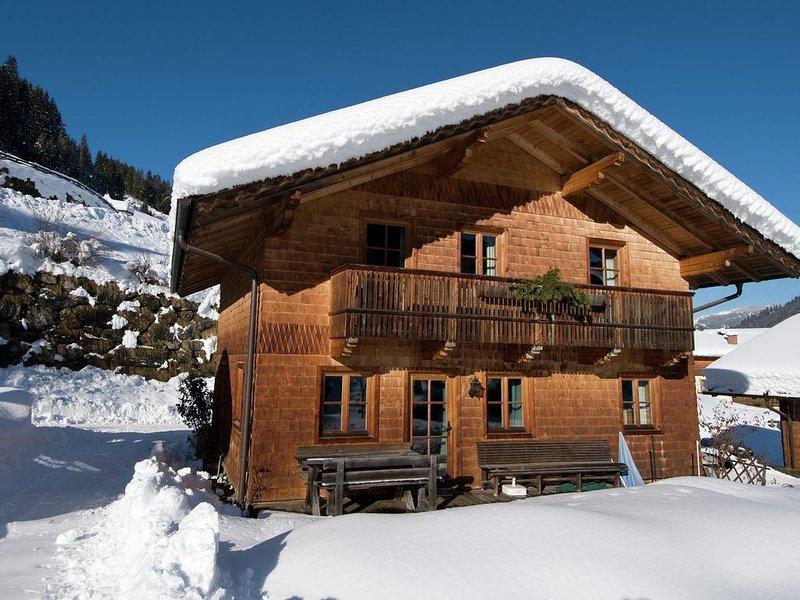 Cozy Chalet with Sauna in Großarl, holiday rental in Dorfgastein
