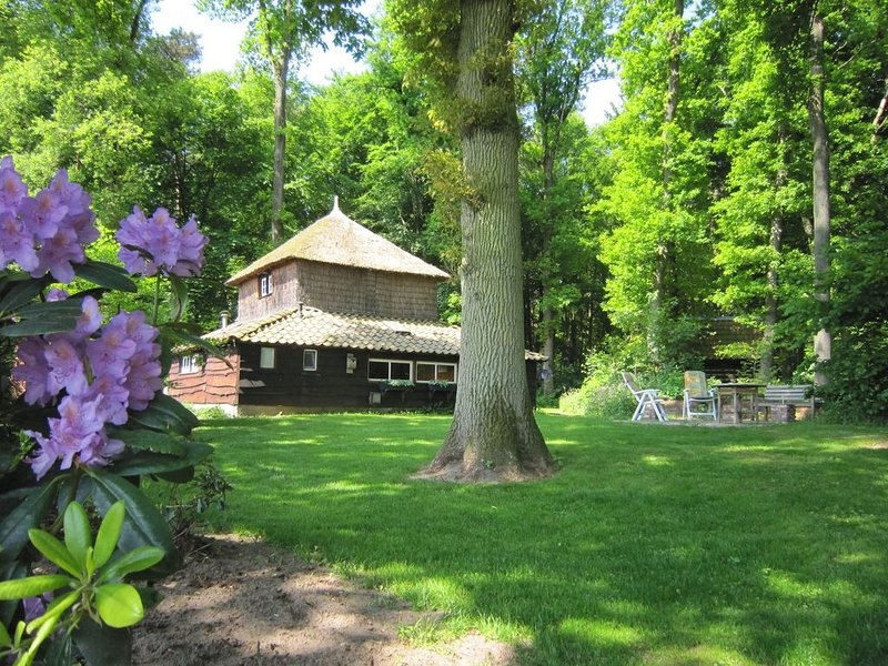 Holiday home in an original haystack, at the foot of a National Park, vacation rental in Overijssel Province