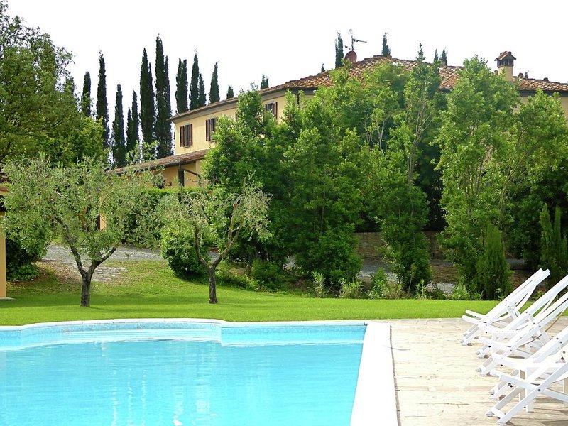 Beautiful Villa in Lari with Swimming Pool, holiday rental in Casciana Alta