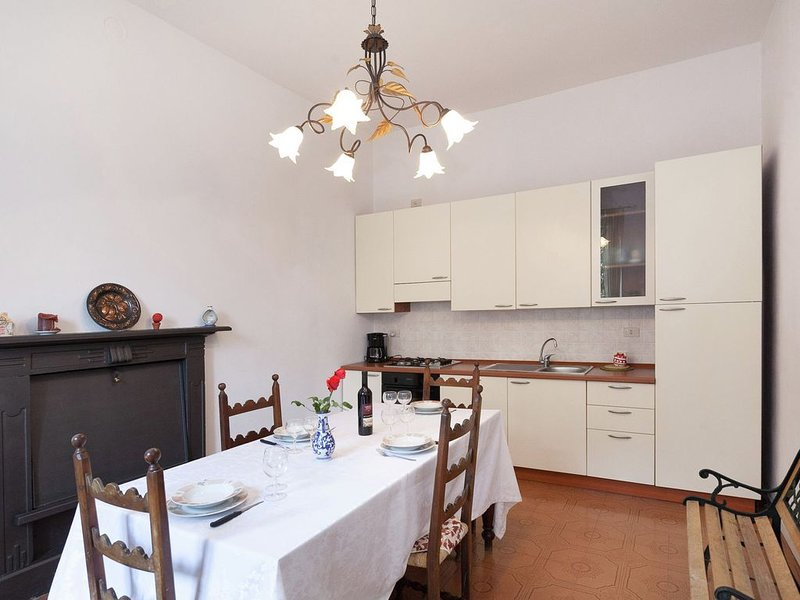 Villa just a few steps from Lake Como, vacation rental in Acquaseria