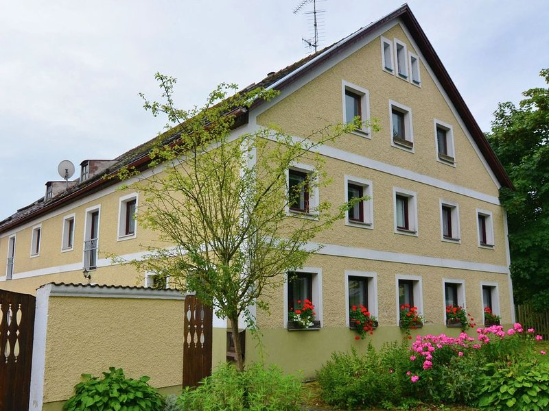 A group house for 18 people in the heart of the Bavarian Forest., holiday rental in Saldenburg