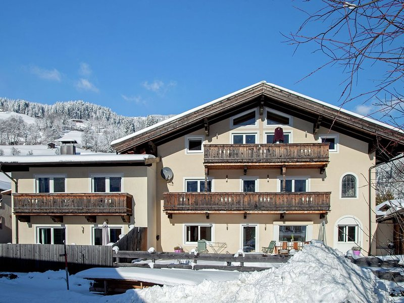 Luxurious Apartment in Brixen Ski Area with Garden, holiday rental in Brixen im Thale