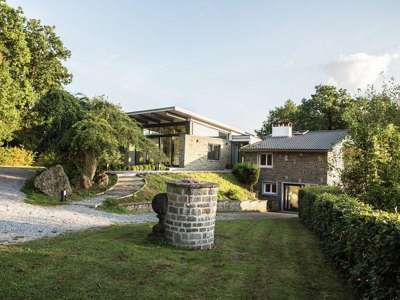 Luxurious Villa with Private Garden in Durbuy, casa vacanza a Barvaux
