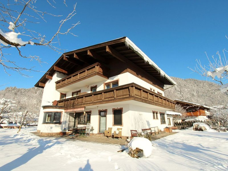 Sunny home, directly in the pleasant centre of Kirchdorf, holiday rental in Kirchdorf in Tirol