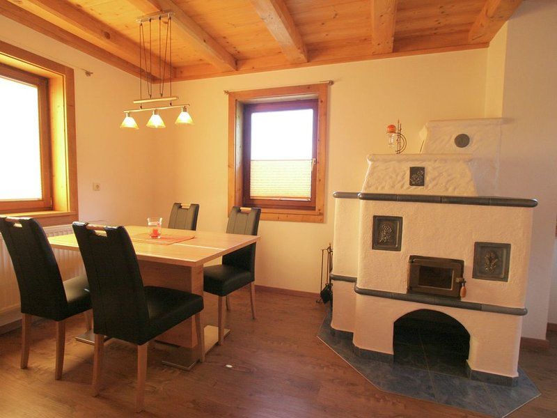 Spacious Apartment in Mittersill with close to Skiing Points, vacation rental in Mittersill