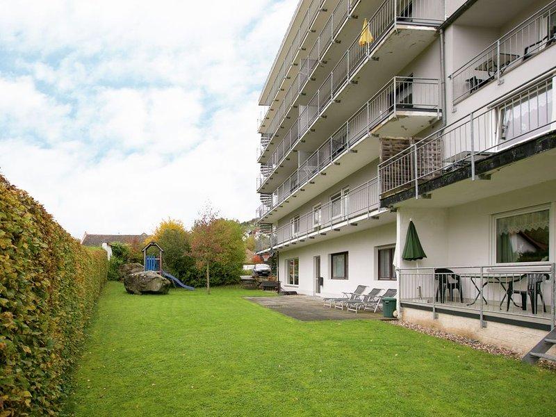 Beautiful Apartment in Bollendorf with Sauna, casa vacanza a Koerperich