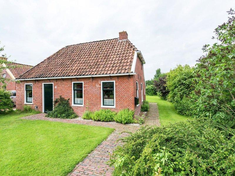 Quaint Holiday Home in Warffum with Garden, casa vacanza a Provincia di Groninga