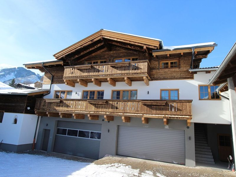 Charming Mansion in Kaprun with Garden, location de vacances à Kaprun