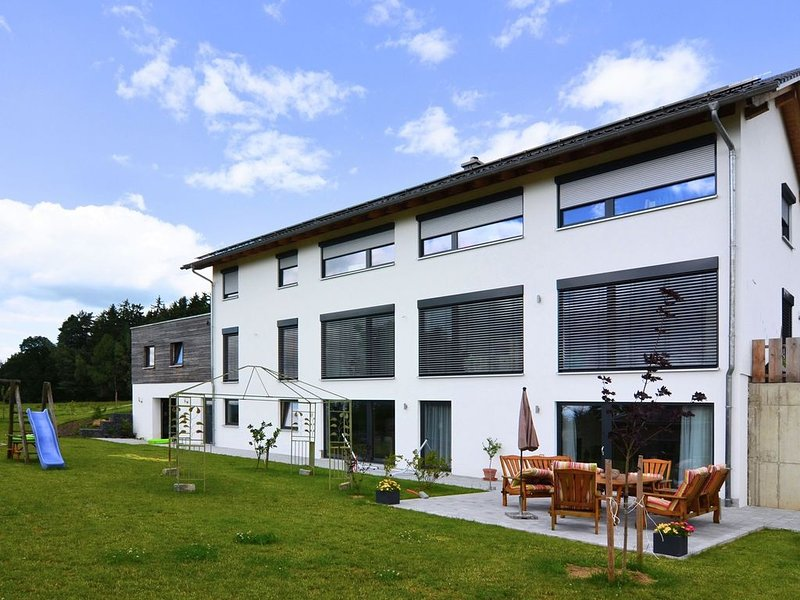 Modern Apartment near Forest in Heinrichskirchen, location de vacances à Bodenwohr