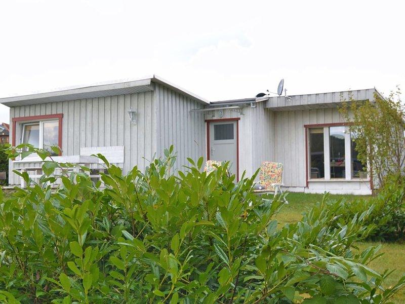 Bright holiday home in a quiet location of the Upper Harz region with sunny terr, Ferienwohnung in Sachsen-Anhalt