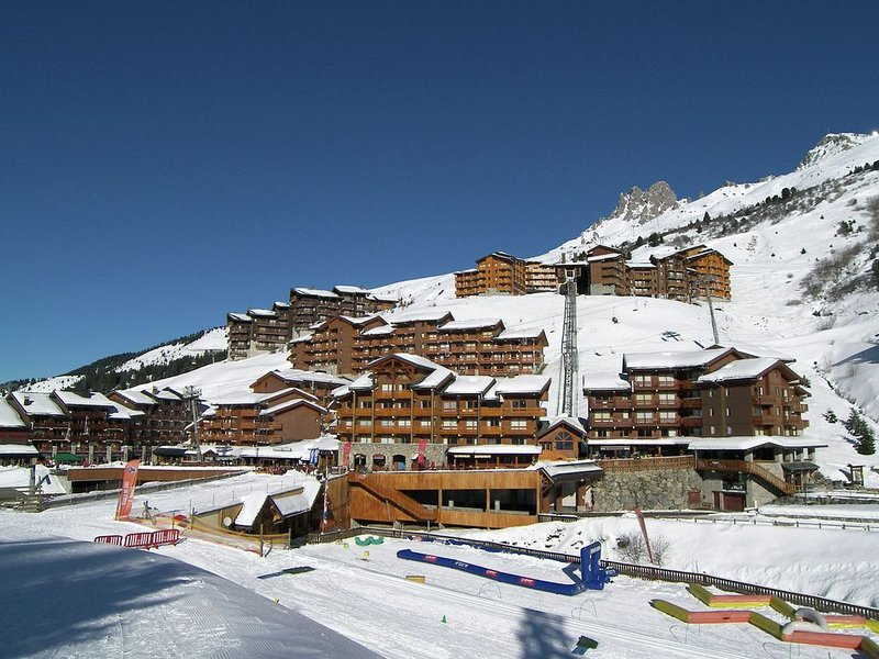 Attractive Apartment in Méribel near Les 3 Vallées, holiday rental in Les Allues