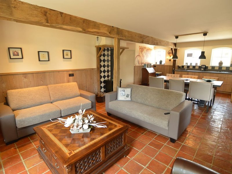 Pleasant Holiday Home in Haaren With Private Garden, holiday rental in Haghorst