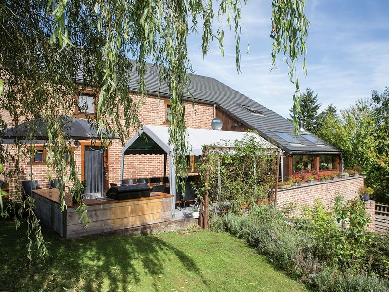 Modern Villa in Durbuy with Terrace, holiday rental in Heyd
