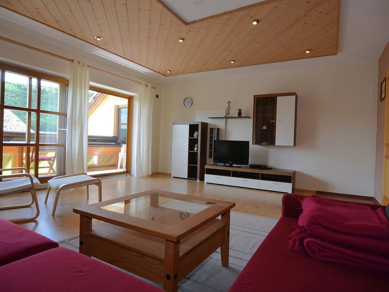 Modern Holiday Home in Prunn near Lake, holiday rental in Heiligenstadt
