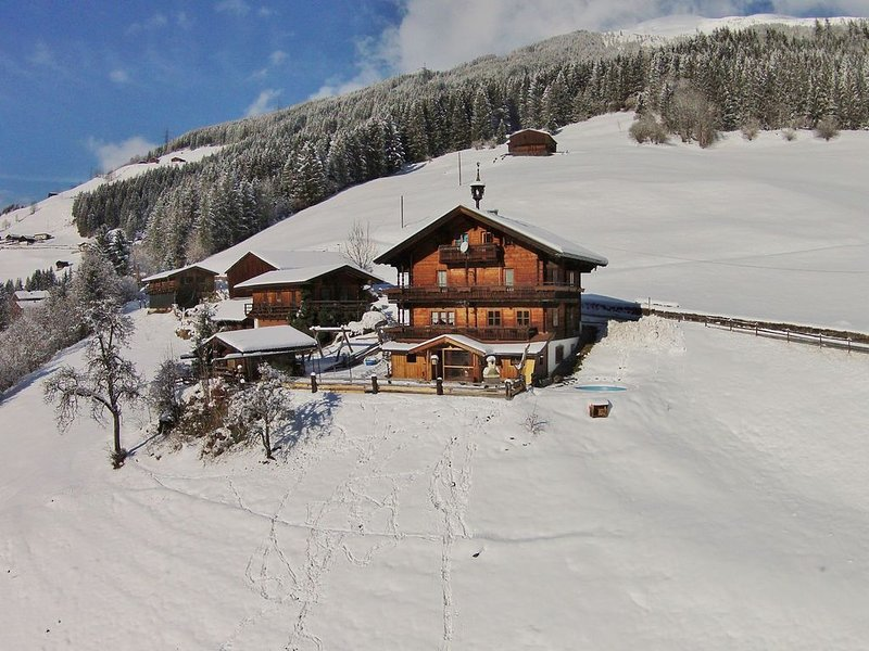 Fantastic farmhouse in the middle of the mountains., aluguéis de temporada em Wald im Pinzgau