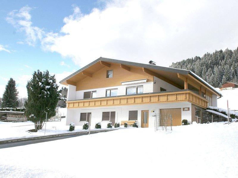 Luxury Apartment in Bartholomäberg near Ski Area, holiday rental in Bartholomaeberg