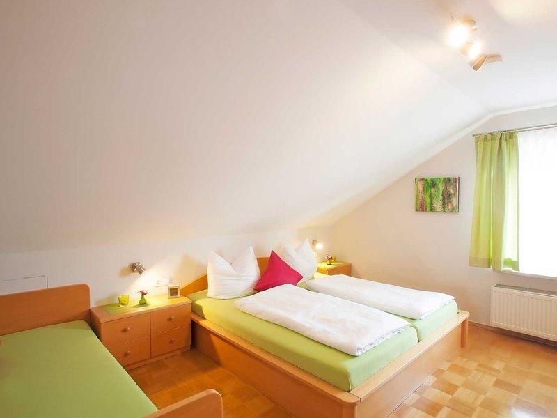 Appartement 5 mit ca. 45qm, 1 Schlafzimmer, 1 Wohn-/Schlafzimmer, für maximal 3, holiday rental in Wasserburg