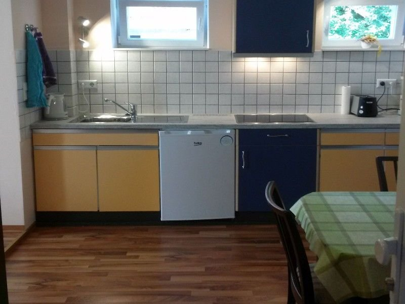 Ferienwohnung 2, 38qm, 1 Schlafzimmer, max. 2 Personen, holiday rental in Dielheim