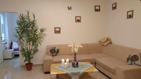 Ferienwohnung Essen für 1 - 7 Personen mit 2 Schlafzimmern - Ferienwohnung in Ei, vacation rental in Castrop-Rauxel